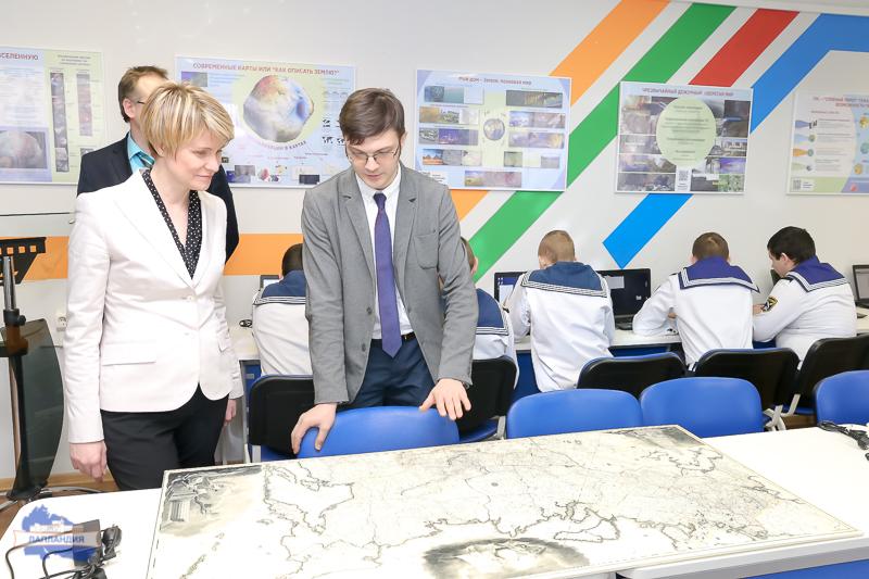 Руководитель Фонда «Таланты и Успех» Елена Владимировна Шмелева посетила детский технопарк «Кванториум-51»