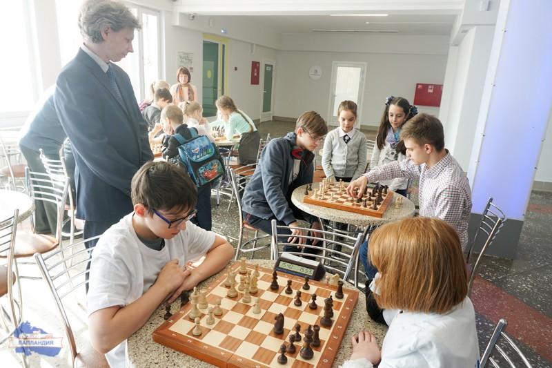 В рамках проекта «КвантоШахматы» в детском технопарке «Кванториум-51» завершился второй этап шахматного турнира