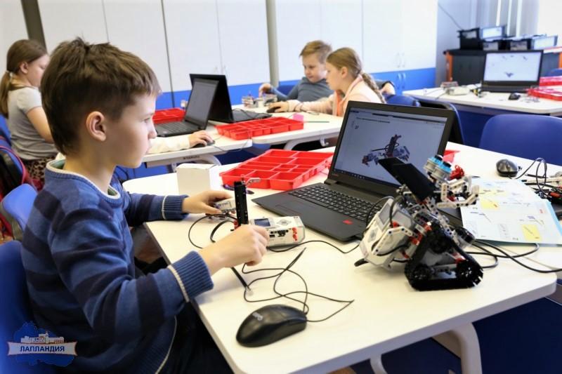 Техно-бум: в детском технопарке «Кванториум-51» стартовала первая летняя инженерная смена для заполярных школьников
