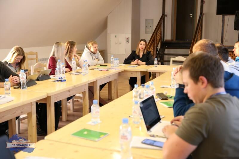 Руководитель детского технопарка «Кванториум-51» Елена Бекряшева выступила на конференции в рамках российско-норвежского молодёжного семинара