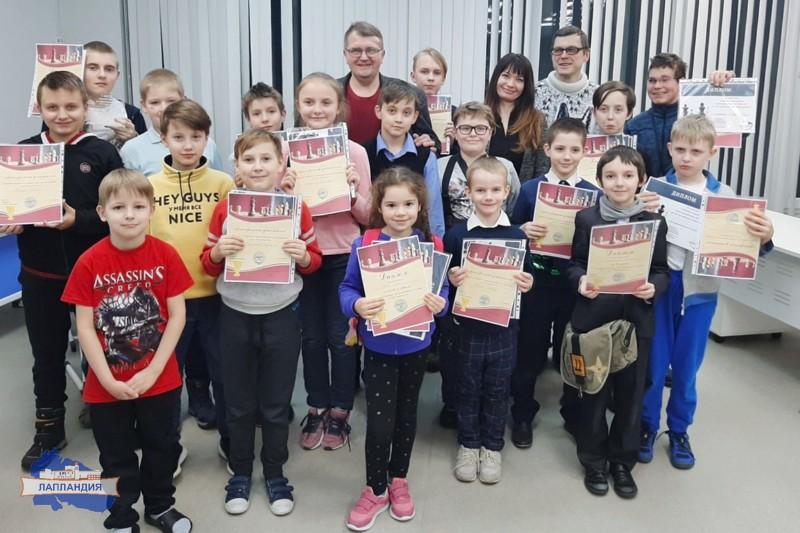 В детском технопарке «Кванториум-51» прошел первый турнир по 3 D шахматам