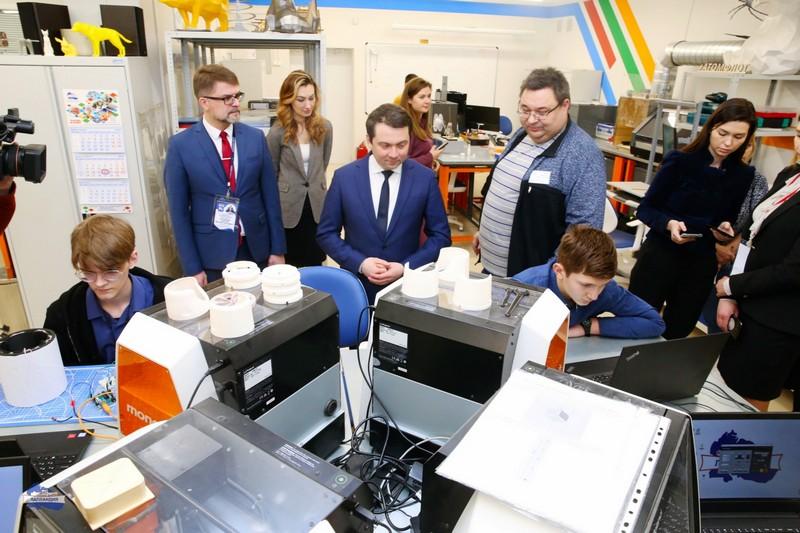 Губернатор Андрей Чибис поздравил кванторианцев с победой на национальном чемпионате