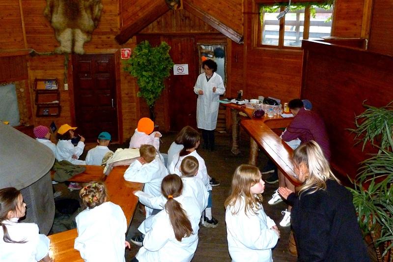 Наставники детского технопарка провели занятия для ребят из активити-клуба