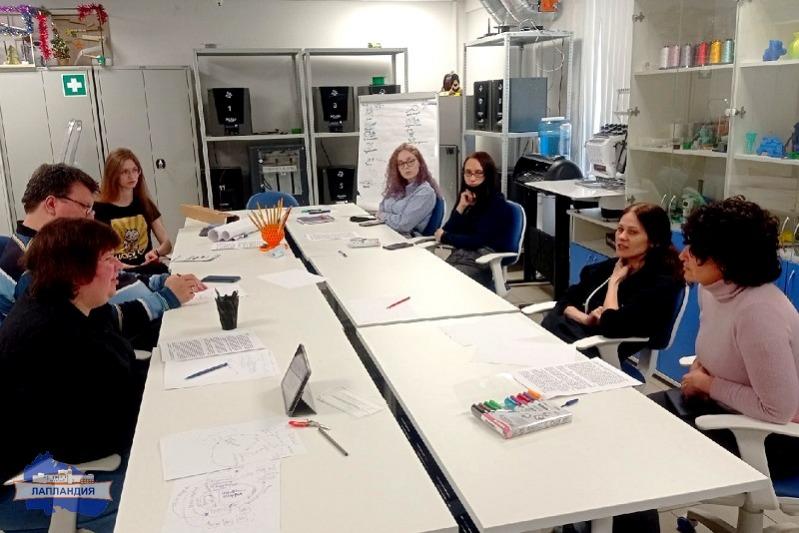 Наставники детского технопарка «Кванториум-51» приняли участие в тренинге по проектной деятельности